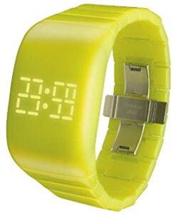 reloj amarillo digital